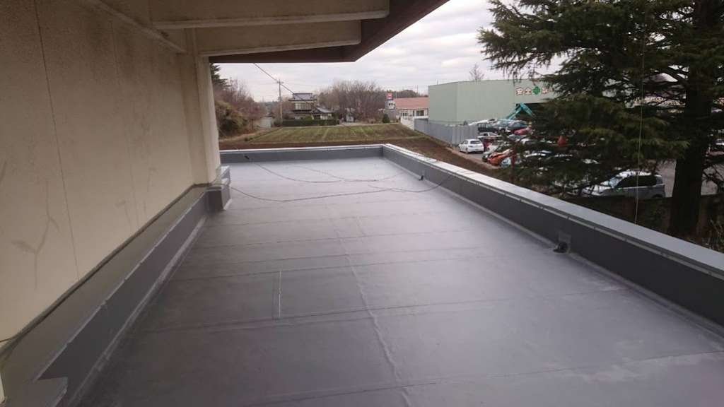 小山市 栃木朝鮮学校様 陸屋根防水工事|施工後